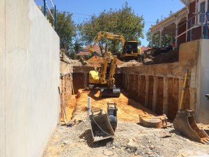 small-basement-carpark,-outer-pilings-and-bulk-excavation